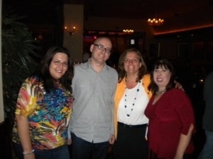 Dinner on opening day: Lara Kulpa, Darren Rowse, Angie Shwartz and I (Deb Ng)