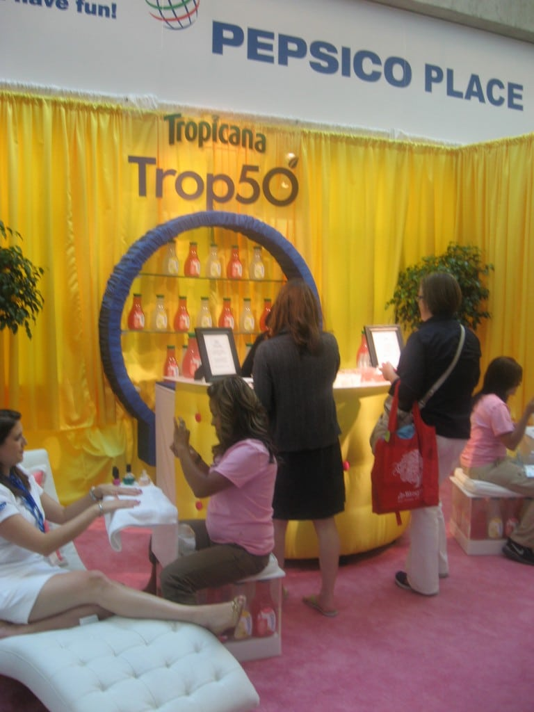 Tropicana at BlogHer